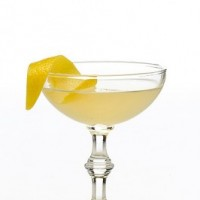 Prohibition cocktail: Bee's Knees